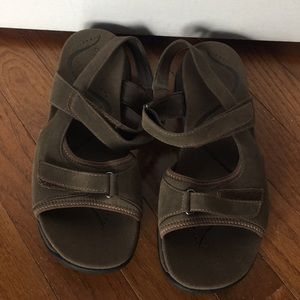 Clark's Springers brown sandals - New